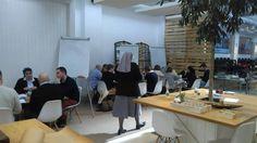 Jornadas de innovación y liderazgo en Madrid con la Madre Montserrat Del Pozo que llevó a cabo un Design Thinking con todos los asistentes. #DesignThinking #MontserratDelPozo #Innovación #Liderazgo #tekmanBooks