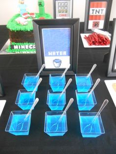 Blue jello water at a Minecraft birthday party! See more party ideas at… 9th Birthday Parties, Minecraft Birthday Party, 11th Birthday, Minecraft Party Food, Xbox Party Food, Mine Craft Birthday, Minecraft Party Decorations, Birthday Stuff, Card Birthday