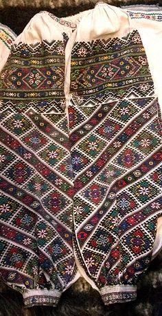 Ukraine, from Iryna Polish Embroidery, Folk Embroidery, Embroidery Patterns, Butterfly Embroidery, Medieval Costume, Folk Costume, Costumes, Ukrainian Art, Folk Fashion