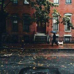 lilacremes: ��Brownstone //weheartit.com/entry/Autumn