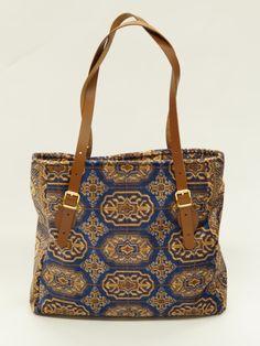 Carpet Bags Lindy Tote bag in Blue Chiraz Carpet Bag, Tapestry Bag, Needlepoint, Wallets, Range, Vintage, Tote Bag, Purses, Blue