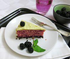 Rote Rüben Mud Cake Food Porn, Mud Cake, Desserts, Blackberries, Fruit And Veg, Cakes, Deserts, Dessert, Postres