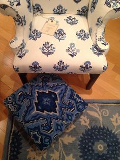 Color Inspiration In Colonial Williamsburg - Blue & Ivory...love the hooked pillow!