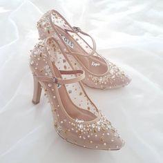 Fancy Shoes, Cute Shoes, Me Too Shoes, Bride Shoes, Wedding Shoes, Pretty Heels, Kawaii Shoes, Aesthetic Shoes, Fashion Heels
