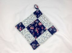 Quilt potholder Pinwheel hot pad quilt pot by AlwaysStitches