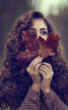 Butterfly's World: Photo Portrait Photography Poses, Photography Poses Women, Autumn Photography, Portraits, Cute Girl Poses, Girl Photo Poses, Girl Photos, Stylish Girls Photos, Stylish Girl Pic