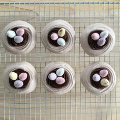 Welcome back for another Easter bake! This week we'll be making Easter nests but with a slight difference! ~Makes 12 meringue nests~ ~Bake time: 3 ½ hours~ For the meringue: 4 egg whites 200g…