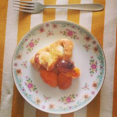 Nelly's Cupcakes: Honeyed Apricot and Fig Galette.
