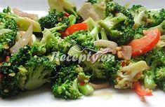 ▷ Brokolicový salát s nivou recept - Recepty.eu Broccoli Salad, Vegetable Salad, Broccoli Florets, Vegetable Dishes, Vegan Dishes, Food Dishes, Side Dishes, Dishes Recipes, Healthy Salads
