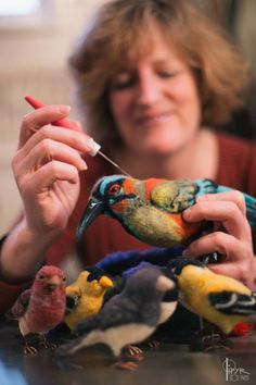 jennifer-field-needle-felting-bird. LOVE the rooster on her page. The close up shows so much detail to her work. Fantastic!