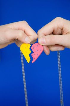 How to Make DIY Friendship Necklace Photo Tutorial   Apartment Therapy