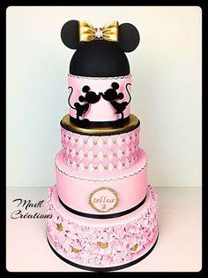 Minnie cake princess by Cindy Sauvage (mouse cake) Pastel Mickey, Mickey And Minnie Cake, Bolo Minnie, Mickey Cakes, Minnie Mouse Cake, Fancy Cakes, Cute Cakes, Beautiful Cakes, Amazing Cakes