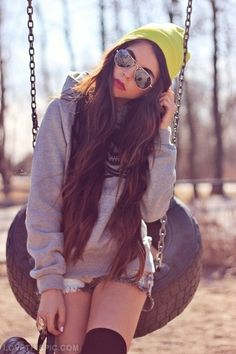 Indie Hipster uploaded by ROSES on We Heart It Hipster Fashion, Grunge Fashion, Look Fashion, Teen Fashion, Autumn Fashion, Fashion Trends, Fashion Hair, Fasion, Hipster Stil