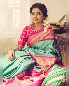 Bhargavi Kunam - Defining Elegance With Her Kanjeevaram Silk Saree Collection Indian Silk Sarees, Ethnic Sarees, Indian Attire, Indian Outfits, Indian Wear, Saree Dress, Saree Blouse, Beautiful Saree, Beautiful Outfits