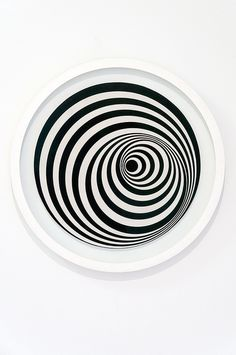 Bridget Riley - Uneasy Centre, 1963 by de_buurman on Flickr.
