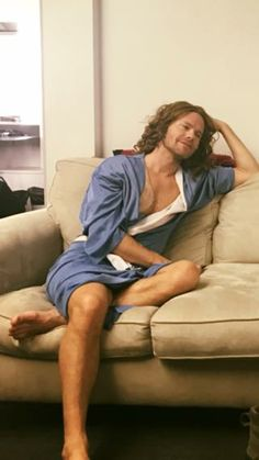 Randy relaxing before the Skivvies show, San Francisco, 22-23rd December, 2016. 'Drunk Jesus'