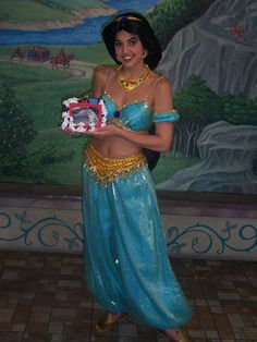 How-to-Make-a-Jasmine-Costume