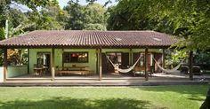 House for farm Village House Design, Village Houses, Veranda Design, Mexico House, Weekend House, Hacienda Style, Backyard, Patio, Deck Pergola