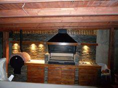 QUINCHO ALTOS DEL CARMEN Diy Outdoor Bar, Build Outdoor Kitchen, Backyard Kitchen, Outdoor Kitchen Design, Patio Design, Backyard Patio, House Design, Outdoor Spaces, Outdoor Living