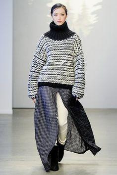 Tess Giberson Autumn/Winter 2014-15 Ready-To-Wear - http://www.vogue.co.uk/fashion/autumn-winter-2014/ready-to-wear/tess-giberson/full-length-photos/gallery/1110314