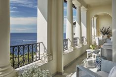 What's more romantic than your very own terrace facing the Mediterranean Sea surrounded by French Riviera's elegant style and design?  #FallinLoveinCapferrat #FrenchRiviera #romanticescape