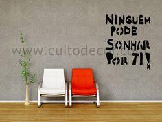 Perdidas na Net é uma colecção de imagens em vinil autocolante! Escolha o tamanho, a cor e o acabamento (mate/brilho) http://www.cultodecor.com