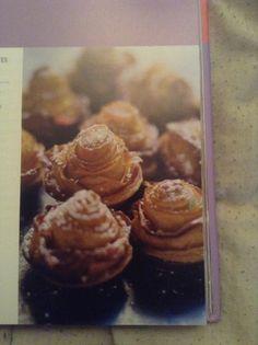 Mini rosebud tartlets - 500 recipes