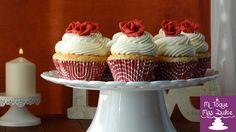 Receta de cupcakes de chocolate blanco con rosa en fondant | Cocinar en casa es facilisimo.com