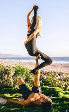 Estas son las fotografías que nos inspiran a diario a ir por más! #Actívate #smartphone #yoga