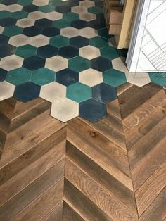 Ideen rund ums Haus Herringbone floor to hex tile transition How to Care for Leather Furniture leath Planchers En Chevrons, Hexagon Tiles, Hex Tile, Tiling, Floor Design, House Design, Casa Milano, Casa Patio, Floor Decor