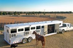 Google Image Result for http://www.maintrailersales.com/images/elite-horse-trailers46.jpg