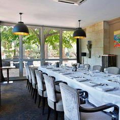 Séminaires entreprises et team-building à Aix en Provence | Hôtel Le Pigonnet Aix En Provence Hotel, Team Building, Table, Room, Furniture, Home Decor, Bedroom, Decoration Home, Room Decor