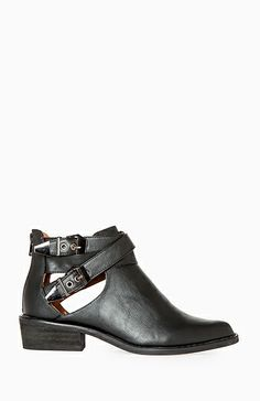 Cutout Ankle Boots in Black 5 - 10   DAILYLOOK