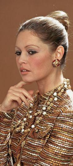 Bridget Bardot, Brigitte Bardot, Olympus, Musicians, Kittens, Bb, Mountain, Singer, Celebrities