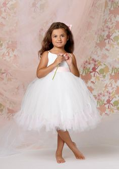 Floor-length Ball Gown Spaghetti Straps White Tulle Flower Girl Dress