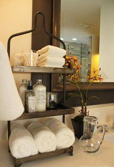 holzregal für lagerraum ins badezimmer integrieren