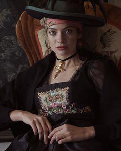 Elegant, Portraits, Couture, Hats, Style, Fashion, Fashion Styles, Oktoberfest, Classy