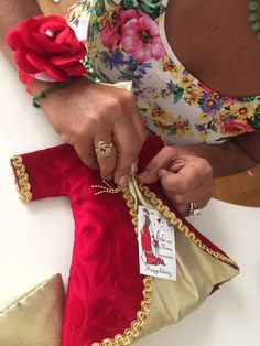 Kına gecesi;) hazırlıklar... Moroccan Dress, Caftans, Christmas Stockings, Wedding Decorations, Embroidery, Bridal, Holiday Decor, Model, Handmade