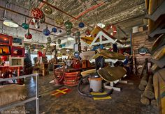 Nautical Antiques & Decor offers ships wheels, brass, copper, galvanized navigation lights, life rings, oars, binnacles, engine order telegraphs, rope, buoys, and much more.