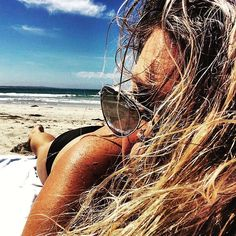Yesterday I had a mini  holiday in paradise where the water was warm and the sun shining. #twohours #minibreak #autumn #sunbaking #swimming #sandy #shoreline #beach #portfairy #paradise #lifestyle #slowyourselfdown the stuff that needed doing was still there when I got home. It got done  #lovewhereyoulive by missfarmerjojo