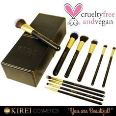 Amazon.com : Professional Makeup Brush Set - 10 Essential Brushes with Designer Luxury Case - Cruelty Free, Vegan and Synthetic - Includes Powder, Eyebrow, Stippling, Foundation, Eyeshadow Brush and More : Beauty