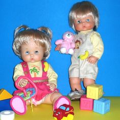 KEKAS Magazine: NENUCO Doll Accessories, Magazine, Dolls, Baby, House, Dresses, Old Fashioned Toys, Sweater Cardigan, Cute Dolls