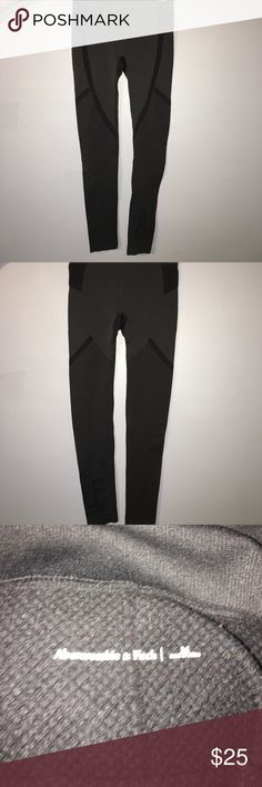 Abercrombie and Fitch Leggings Great quality. Very form fitting. Black and grey coloring. Stretchy material Abercrombie & Fitch Pants Leggings