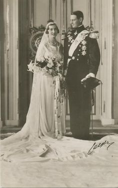 King Frederick IX & Queen Ingrid, Dronning Ingrid, photo, black and white, wedding pic, history, royalty of Denmark...yes,like
