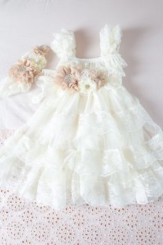 Ivory Lace Flower Girl Dress Ivory Lace Baby by CountryCoutureCo Vintage Flower Girls, Vintage Girls Dresses, Ivory Flower Girl Dresses, Lace Flower Girls, Little Dresses, Little Girl Dresses, Dress Vintage, Baby Dress, The Dress