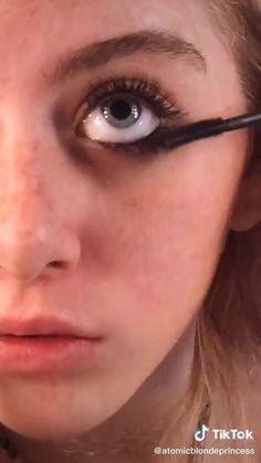 Makeup Eye Looks, Eye Makeup Art, Pretty Makeup, Skin Makeup, Makeup Tips, Punk Makeup, Indie Makeup, Grunge Makeup, Alternative Makeup