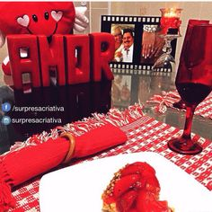 Jantar romântico da @feebelle ❤️✨ inspirem-se #surpresacriativa #blogsurpresacriativa