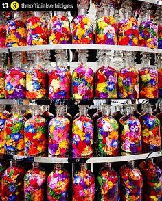 #Repost @theofficialselfridges with @repostapp. ・・・ Discover #FendiFlowerland pop-up with Japanese flower artist #AzumaMakoto at #SelfridgesLondon #amkkproject #amkk #makotoazuma #shiinokishunsuke #azumamakoto