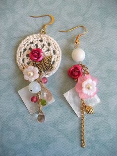 earrings with crochet motif