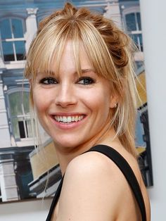 Sienna Miller bangs http://beautyeditor.ca/2013/06/06/sienna-millers-gonna-make-you-fall-in-love-with-the-high-ponytail/